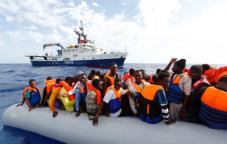 MOAS-Migrant rescue